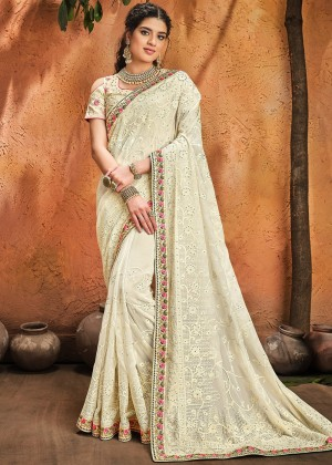 Cream Georgette Saree With Blouse