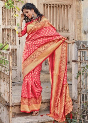 Pink Silk Woven Saree With Blouse
