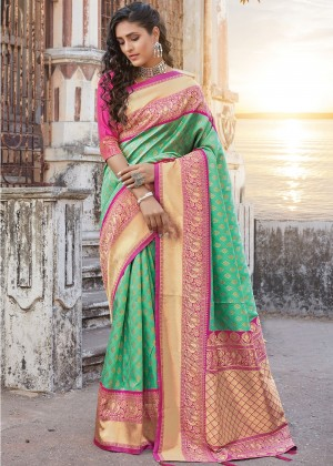 Green Silk Woven Saree With Blouse